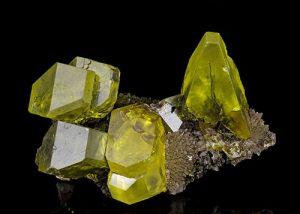 Crystalline sulfur