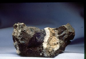 Sold vein of chalcocite with quartz