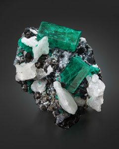 Emerald on calcite from Coscuez