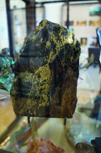 Apache gold specimen