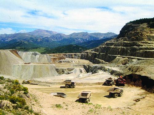 Cripple Creek & Victor Gold Mining Company's modern open pit
